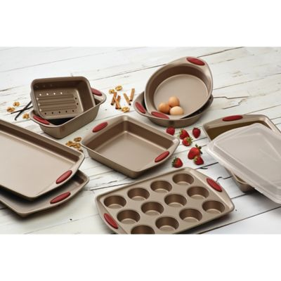 Rachael Ray Cucina NonStick Bakeware Collection in Brown
