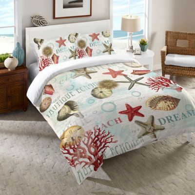 Laural Home Dream Beach Shells Comforter In Red Bed