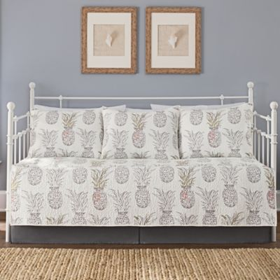 Heritage Breezes Pineapple Daybed Set Bed Bath Amp Beyond