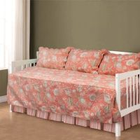 Natural Shells Daybed Bedding Set in Coral - Bed Bath & Beyond