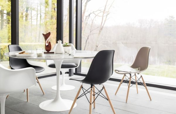 black plastic chair with wooden legs cheap leather chairs eames molded side dowel base herman miller leg dsw