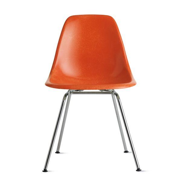 Eames Molded Fiberglass Side Chair 4leg Base  Herman Miller