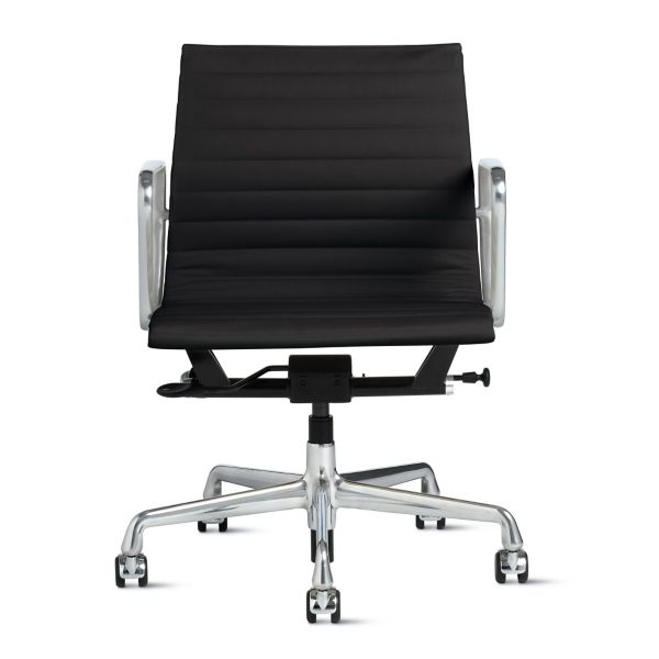 eames aluminum group management chair covers rental cleveland ohio with pneumatic lift - herman miller