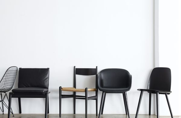 black side chair dining room chairs ch36 design within reach