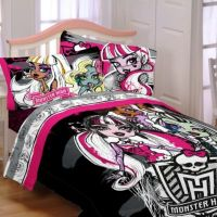 Buy Monster High Sketchy Ghouls Bedding Set from Bed Bath ...