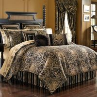 J. Queen New York Paramount Comforter Set in Chocolate