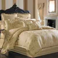 J. Queen New York Napoleon Comforter Set