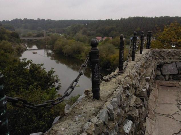 Вид на Случ із мурів фортеці в Новограді-Волинському