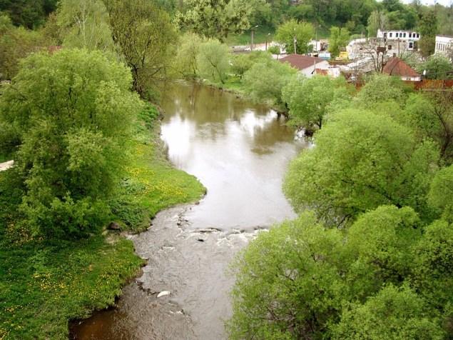 Річка Кам'янка в Житомирі. Фото — Texnik (2008).