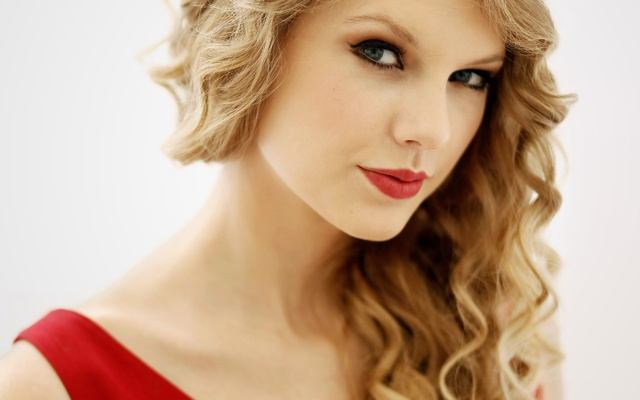 Taylor Swift Red Hot Lips and Dress HD Wallpaper