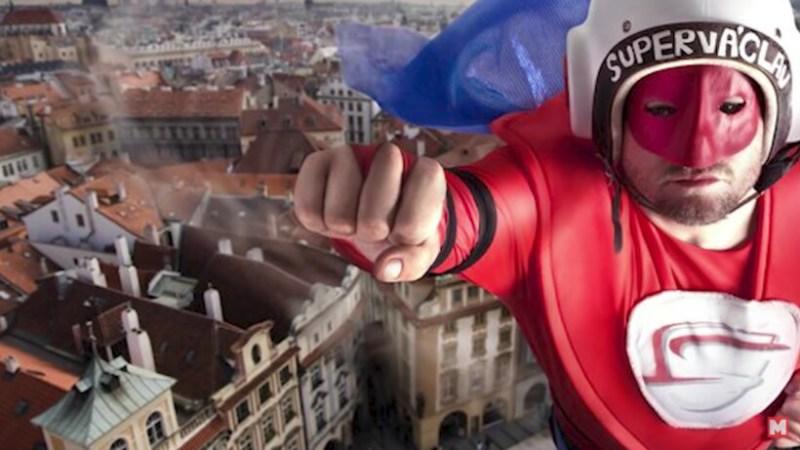 Видео: Люди, которые хотели стать супергероями, но у них ничего не получилось