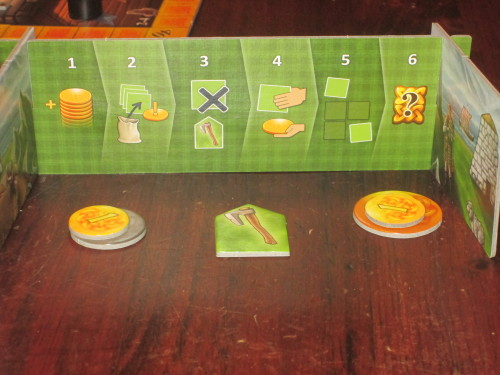 Each screen also includes a player aid, making the phases of each round clear.