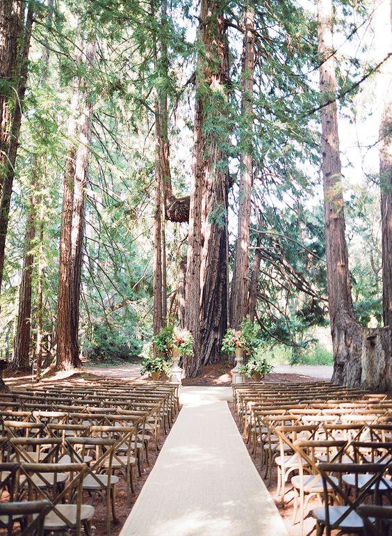 Bella Amore on Enchanted Acres  Dennison Ohio  Rustic Wedding Guide