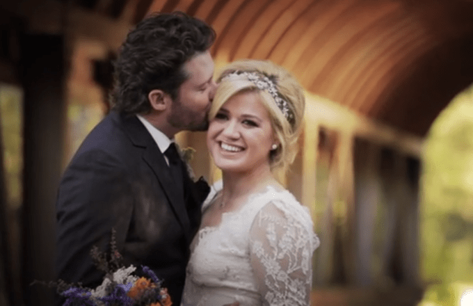 5 things we loved about kelly clarkson wedding - rustic