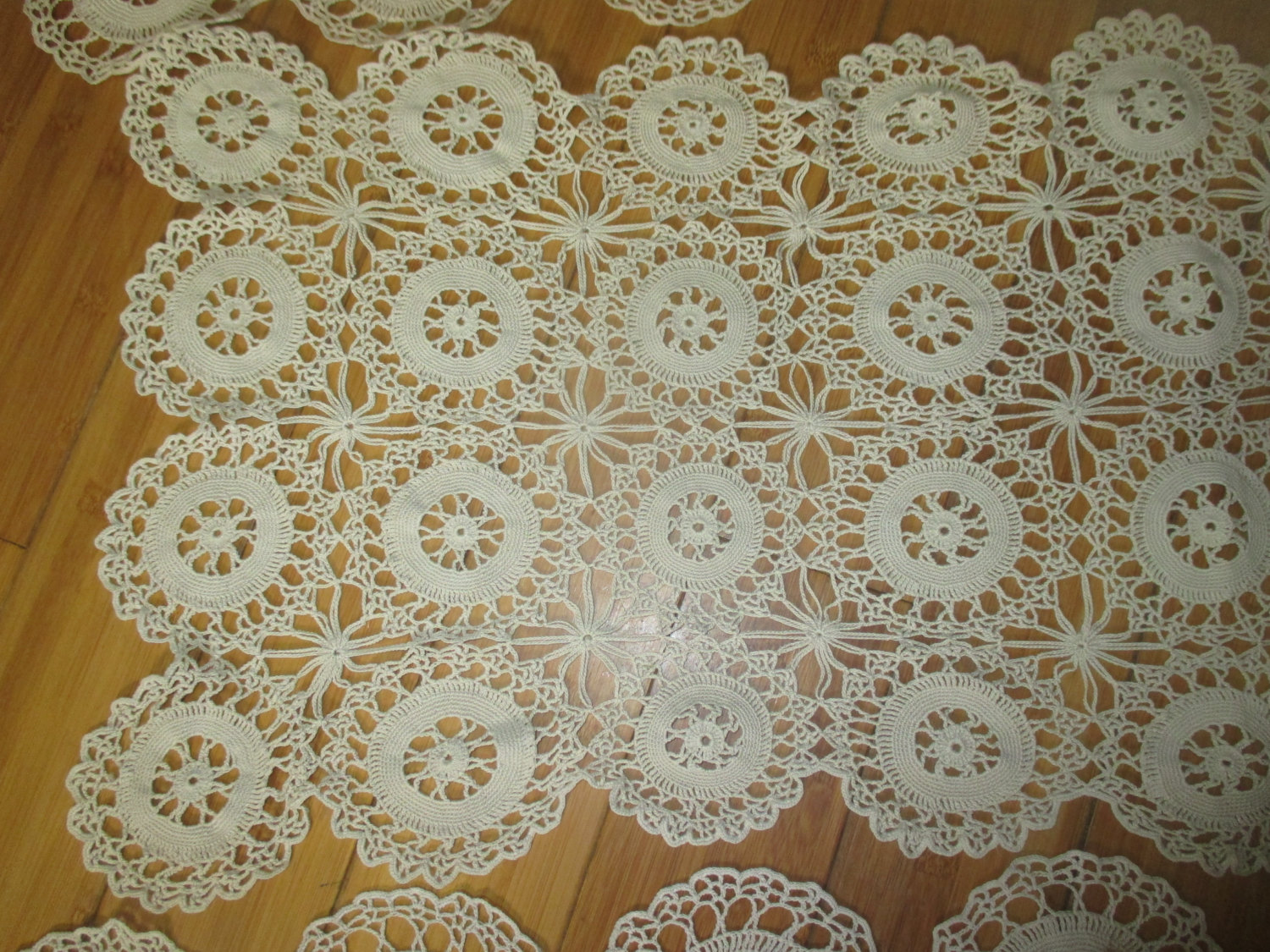 vintage hand crocheted doilies lot of 8 pieces light beige cotton hand made doilies dresser scarves table runners table covers