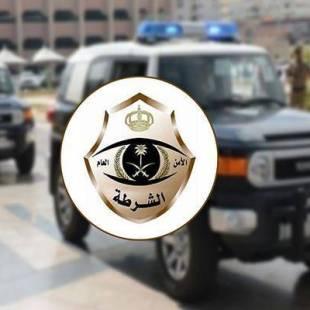 """بالفيديو ..""""شرطة الرياض"""" تداهم موقعاً به مقيمات مخالفات وهذا ما عثرت عليه بحوزتهن"""