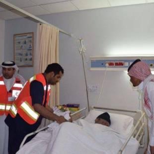 الهلال الأحمر بالحدود الشمالية يزور المرضى المنومين بمستشفيات المنطقة