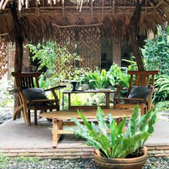 Country Decorated Living Rooms Pictures White Room End Tables 5 Secret Garden Restaurants Perfect For Road Trips | Abs ...