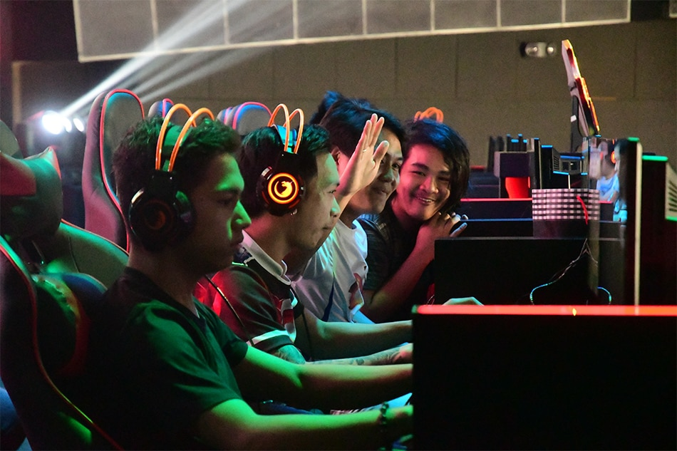 With Esports Debuting In The 2019 Sea Games Which Titles