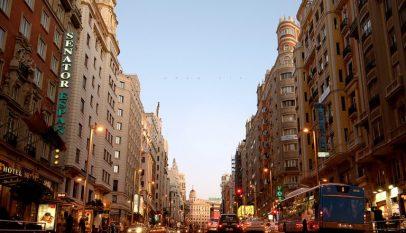 السفر إلى مدريد