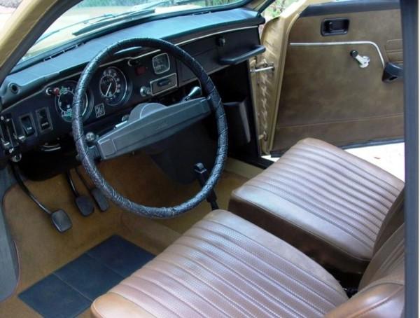 Saab 95, interior como novo