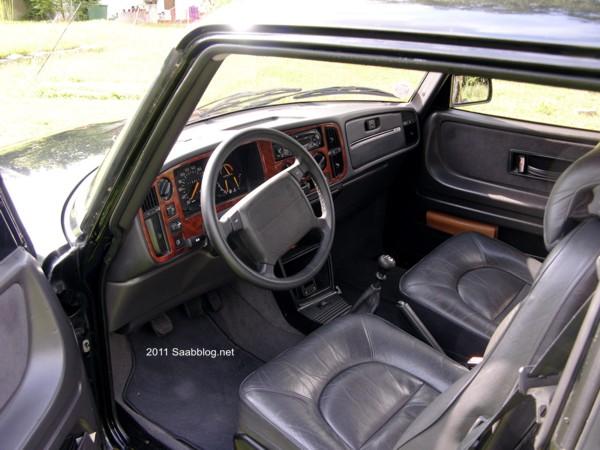 Saab 900 S Innenraum, Ledersitze, automatische Sitzheizung