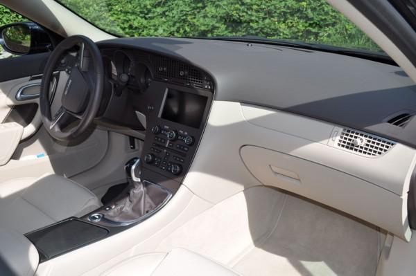 Saab 9-5 TTiD4 Interior de Vector XWD, asientos de cuero parcial