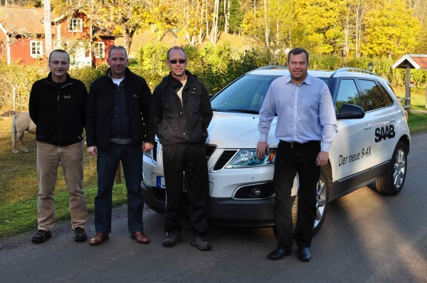 Saab 9-4x, Tom Knecht, Jan-Philipp Shoemaker, fã da Saab e proprietário de terras, Mike Helfer
