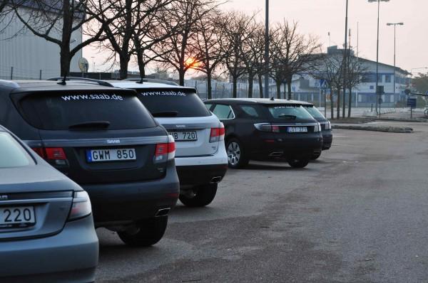 Saab Werk an der Stallbacka, Saab 9-5 Sportkombi und Saab 9-4x stehen bereit