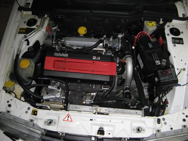 Saab 9000 CS 2.3 Motorraum