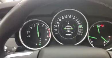 Saab 9-4x abgeregelt im Speed Limiter bei Tempo 210