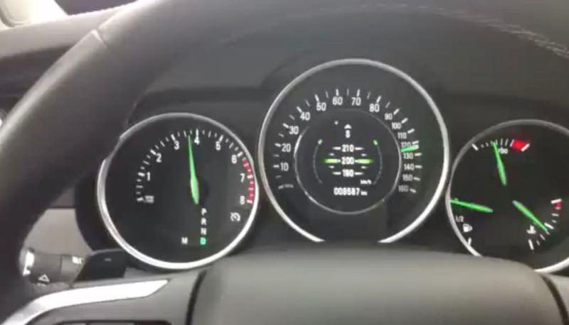 Saab 9-4x limitado no limitador de velocidade em Tempo 210