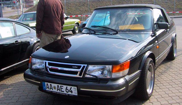 Saab 900 Cabrio mit 63.000 Kilometern auf der Messe in Stuttgart für...
