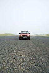 Saab 90 en la pista del aeropuerto. Foto de John.