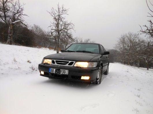 Saab 9-3 sedan na neve