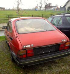 Saab 900i trasero