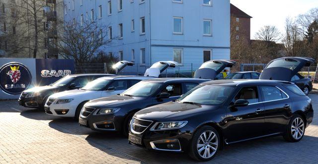 Fyra sportbilar i Kiel samlades