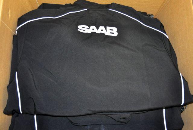 Saab Jacken, endlich da und schon wieder auf der Reise...