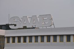 Saab lettering al sole del mattino