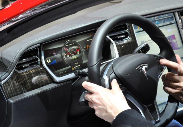 Cabine do piloto de Tesla S
