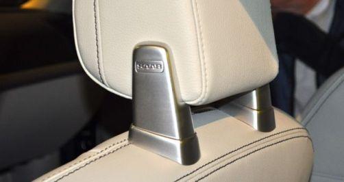 Detalhe: lettering Saab