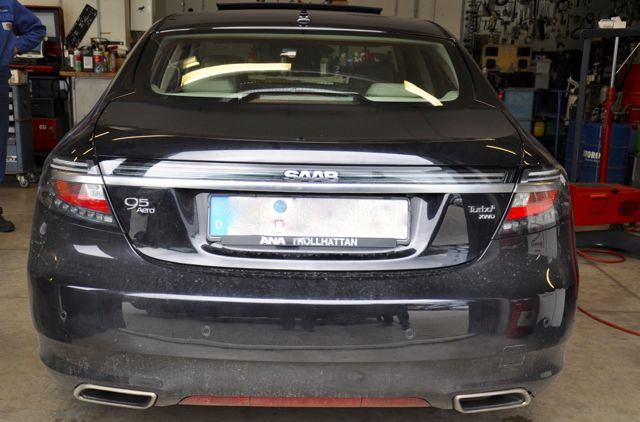 Saab 9-5 with rear view camera