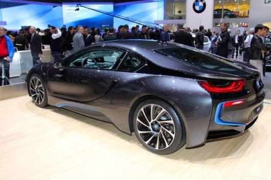 BMW i8 plug-in hybrid @ 2014 saabblog.net