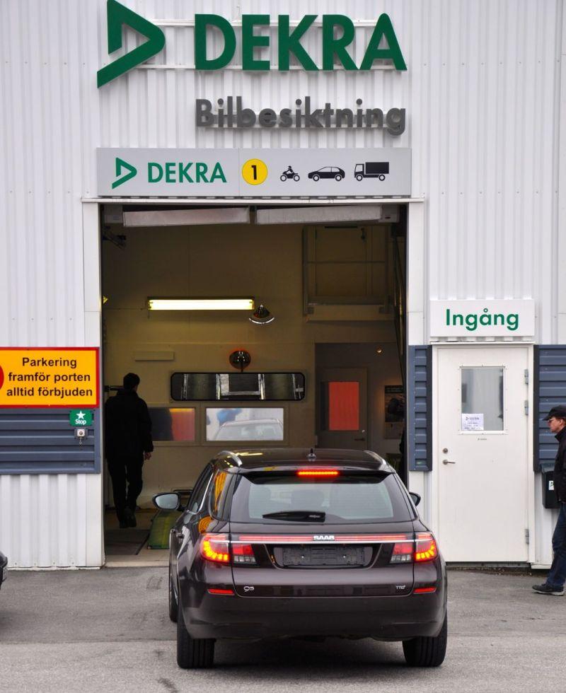 Saab 9-5 SC bei der Dekra in Trollhattan
