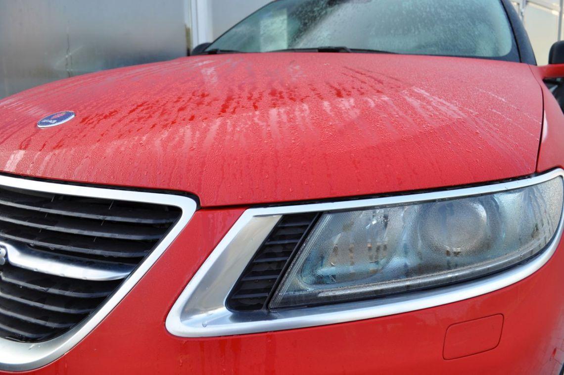 Saab 9-5 TTID in laser red. © 2014 saabblog.net