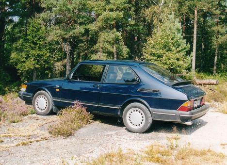 2002 SAAB 900i 16V in Sverige