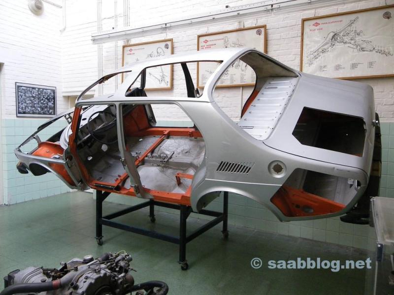 Modello di un 99 belga ancora da vedere presso il Museo dell'Automobile Mahymobiles a Leuze-en-Hainaut.