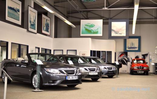 Saab Centre Bonn, Saab Spirit på väggarna.