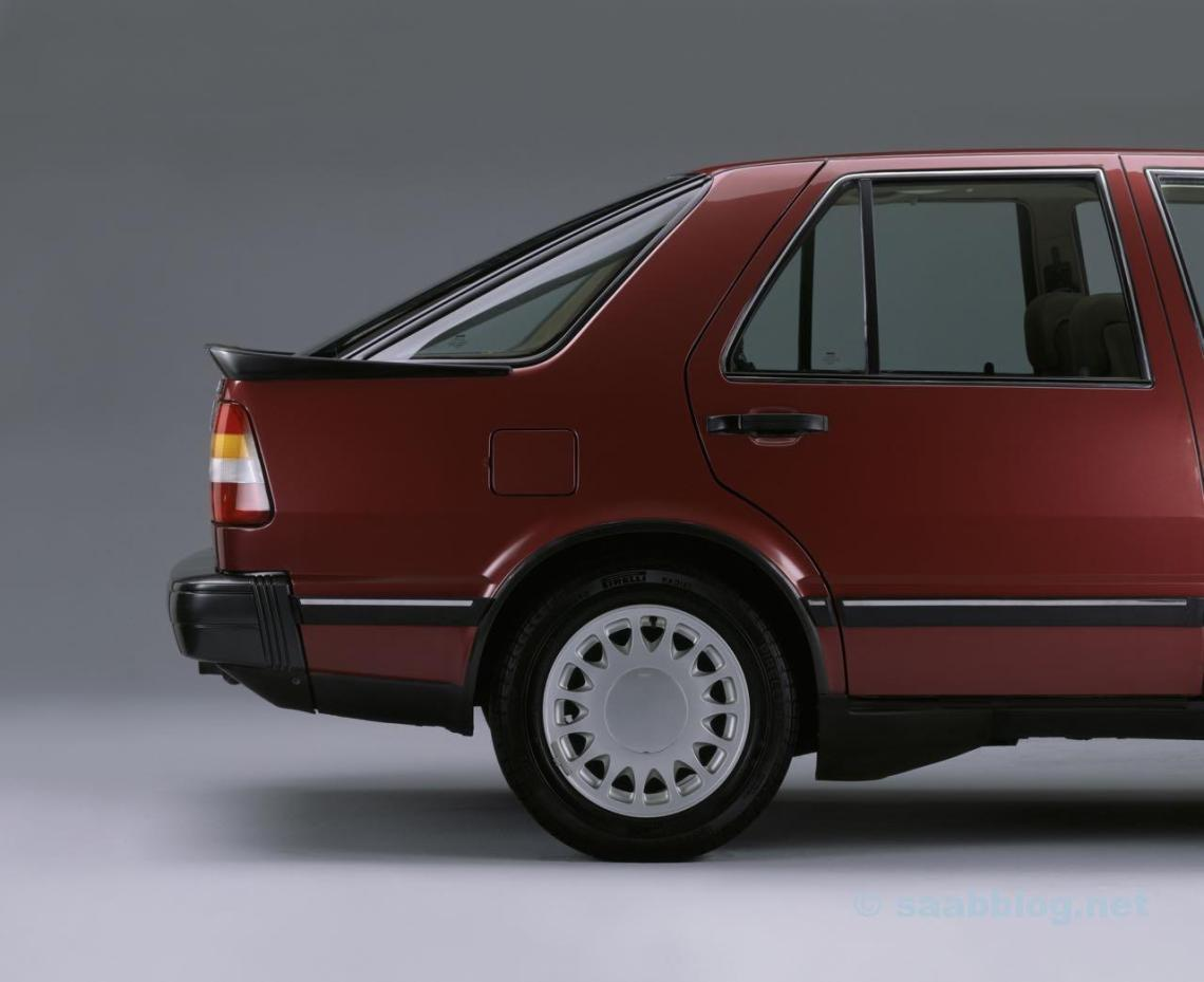 Das Heck entscheidet: Saab 9000 CC