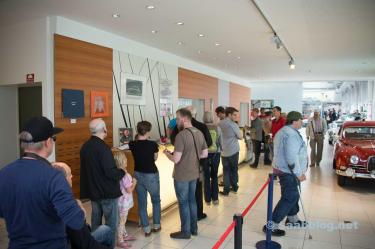 Fans queing in the museum